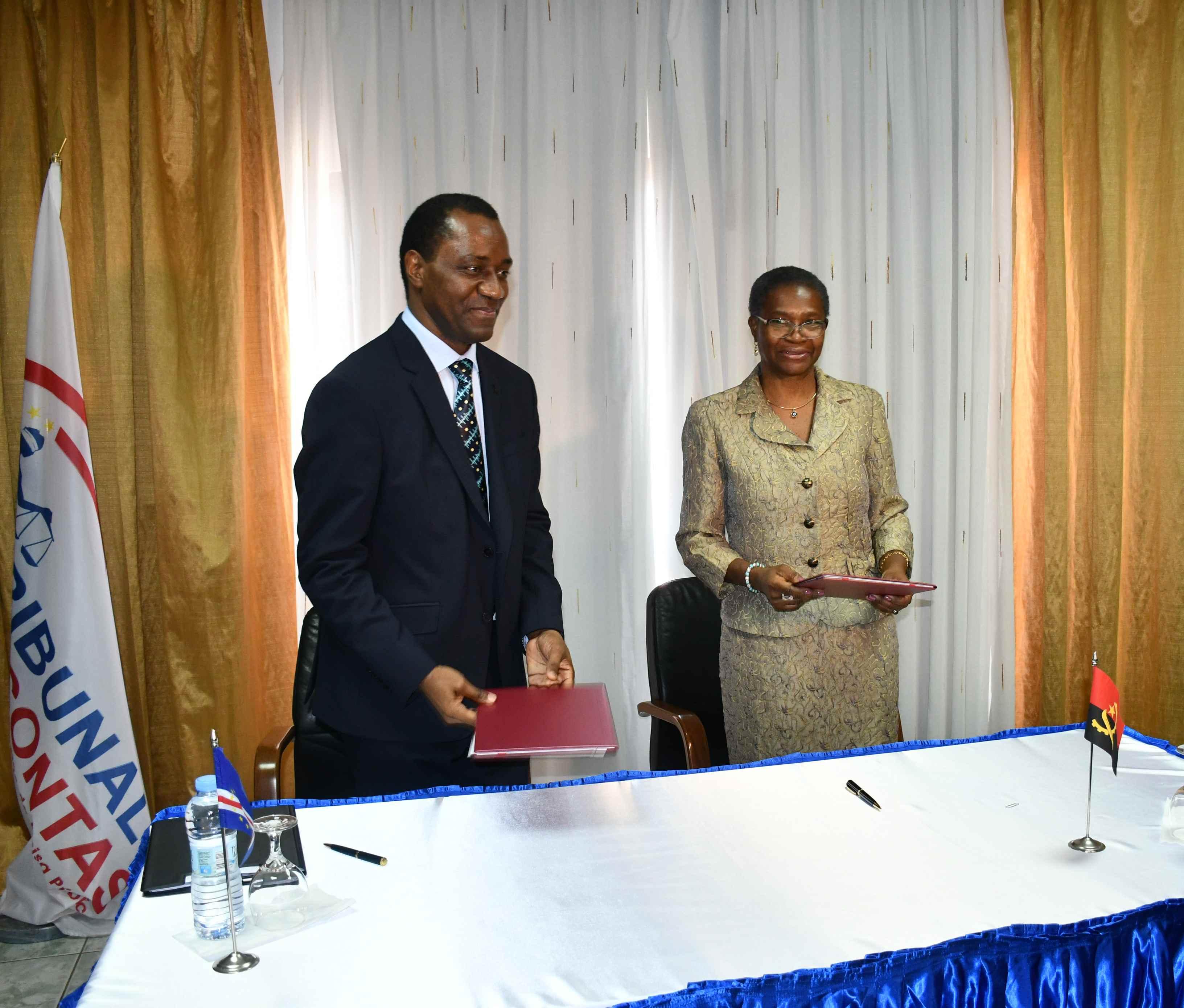 Assinatura do Protocolo de Cooperação entre o Tribunal de Contas de Angola e O Tribunal de Contas de Cabo Verde.